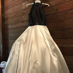 Alyce Paris Formal Prom Dress.